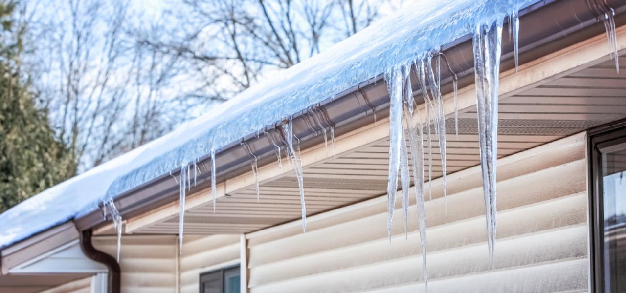 ice dams on house