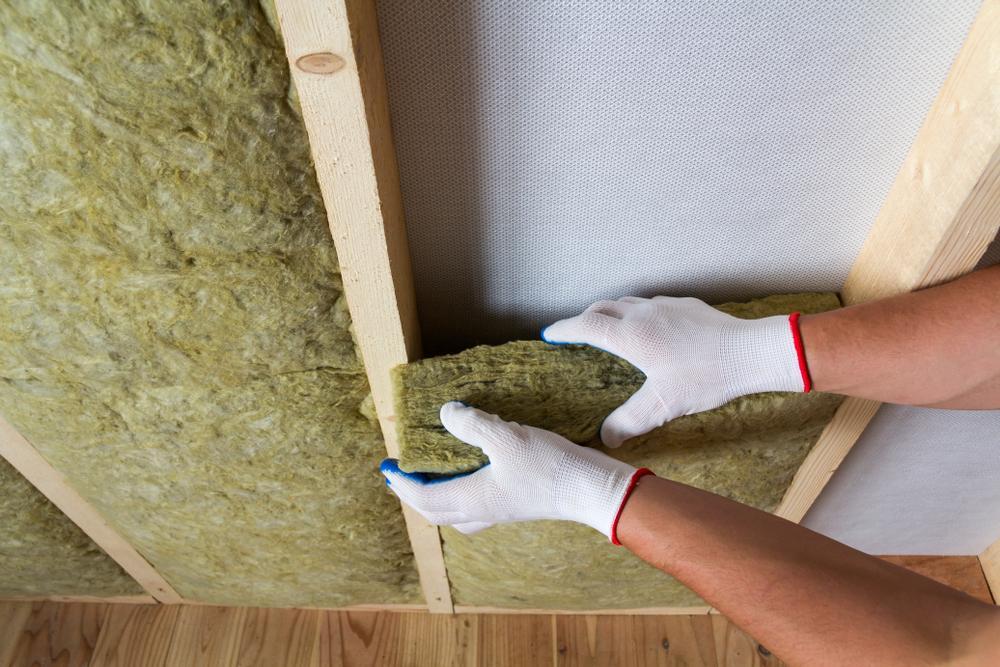 fiberglass batt insulation in attic